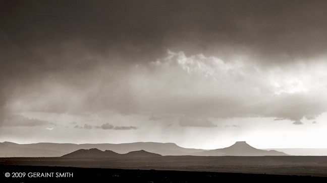 Spring storm across the plateau