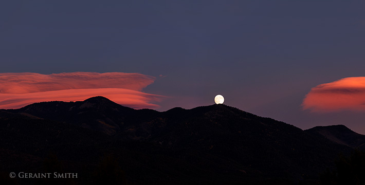 hunter's moon nearly full san cristobal new mexico