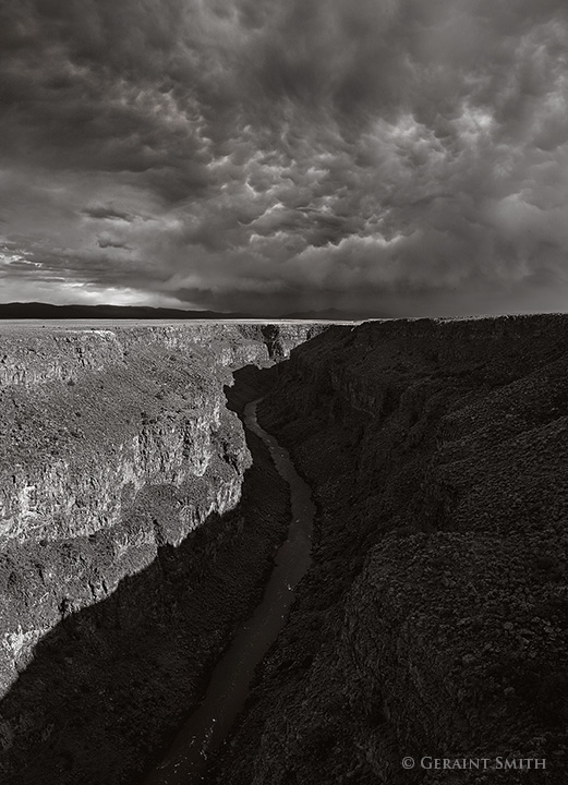 Mammatus clouds over the rio grande gorge