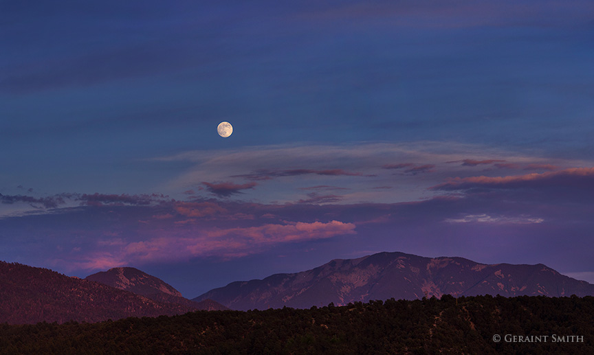 San Cristobal Moon Rise