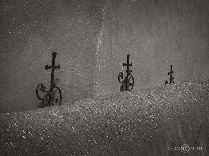 Three Iron Crosses, San Francisco De Asis