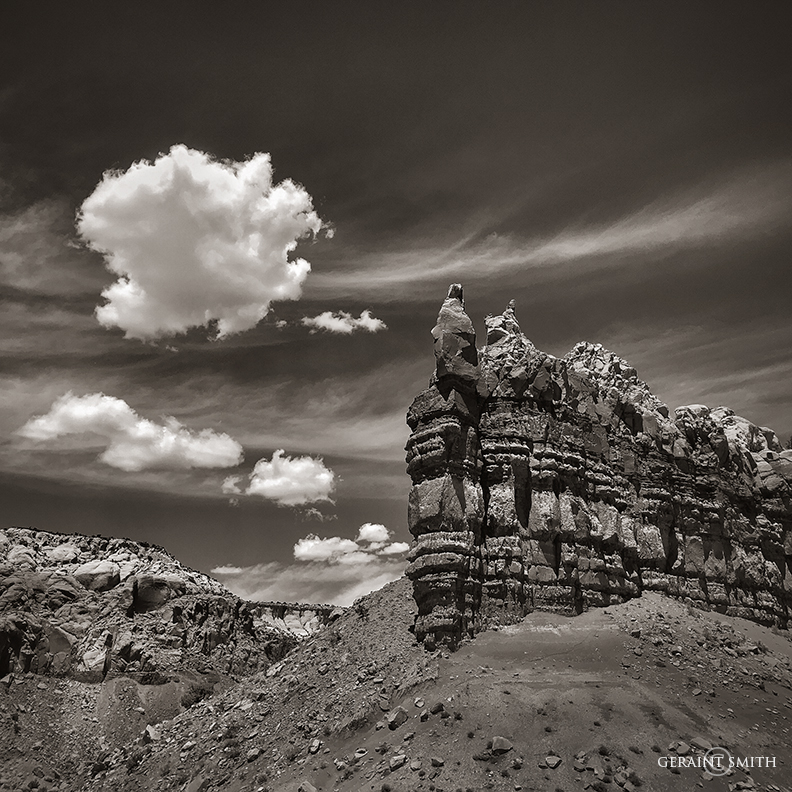 Piedra Lumbre, Clouds In Motion