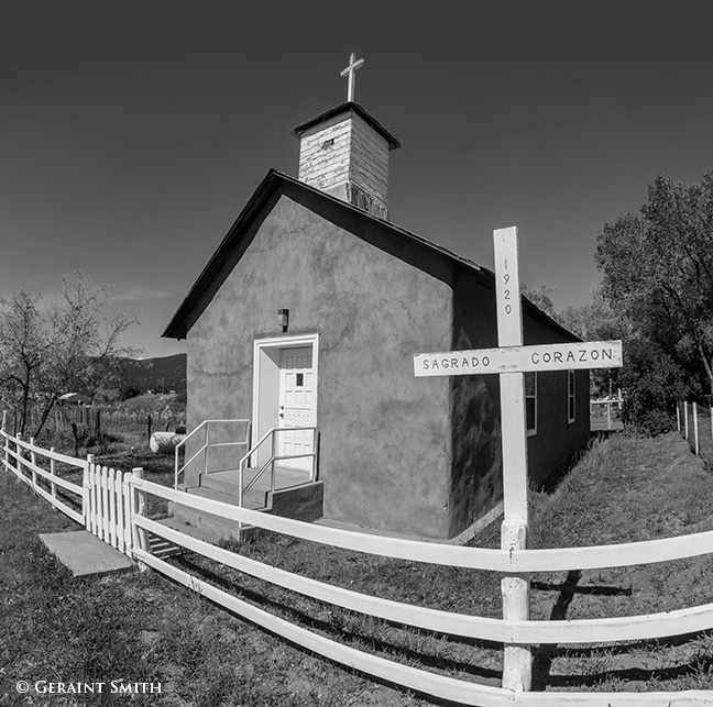 sagrado corazon church high road to taos