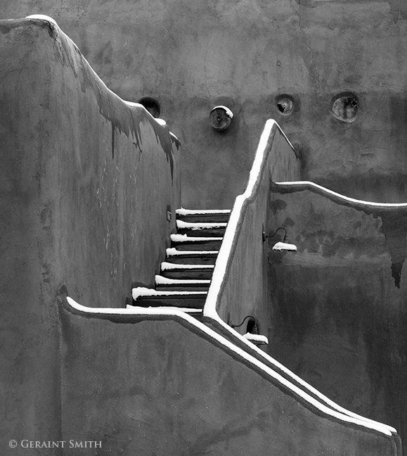 martinas_hall_stairs_8161_8162-3939299