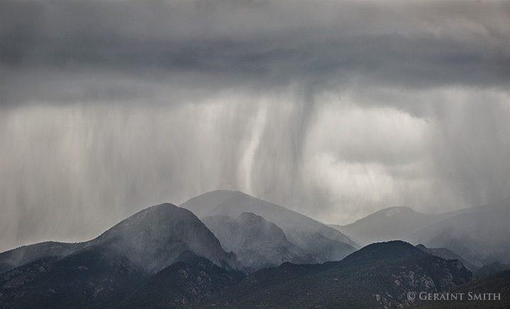 El Salto Rains rain falling on the sangre de cristo mountains