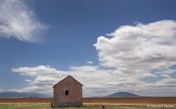 red barn san luis valley with ute mountain