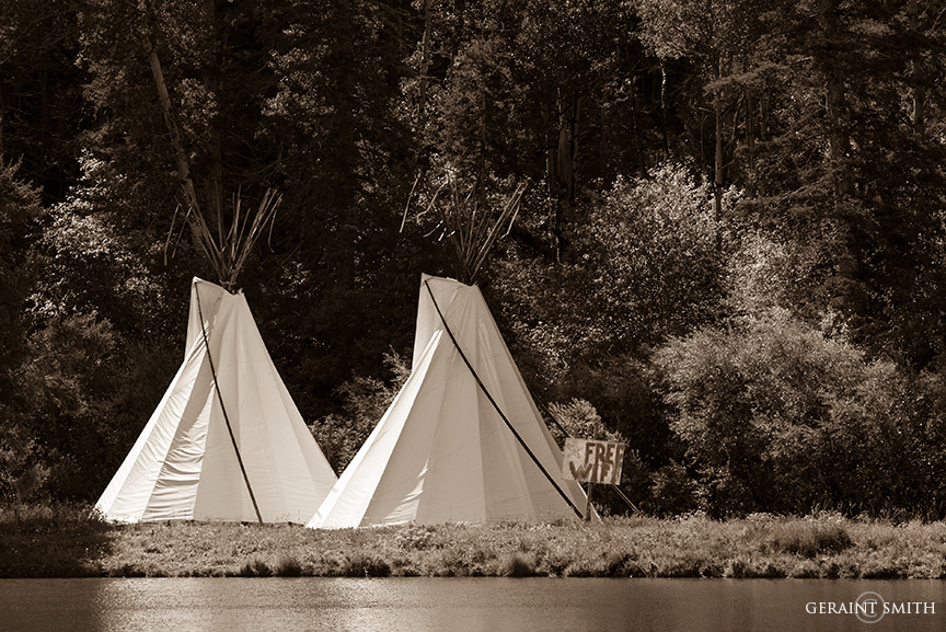 tipis free wifi in red river