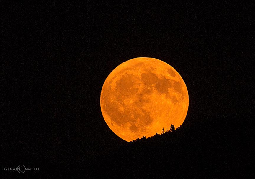 La Luna Rising Over The Sangre De Cristos