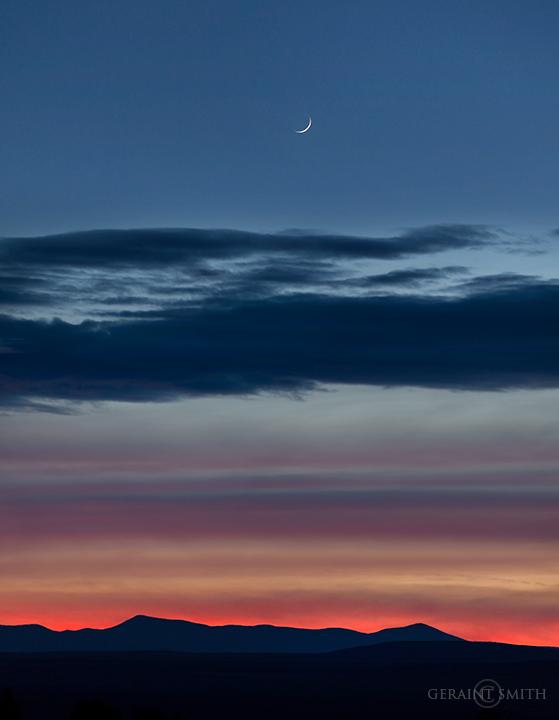 crescent_moon_jemez_mountains_nr_5127-2-5595739