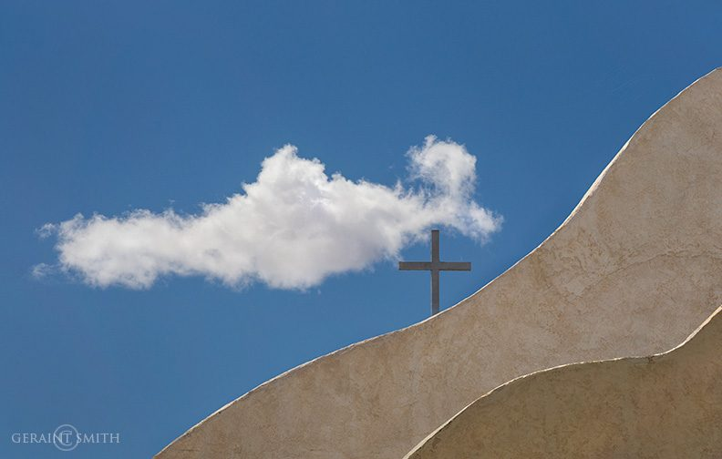 san_ysidro_cross_cloud_4783-4108965