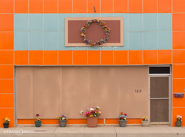 tucumcari_orange_pots_2607-6720271