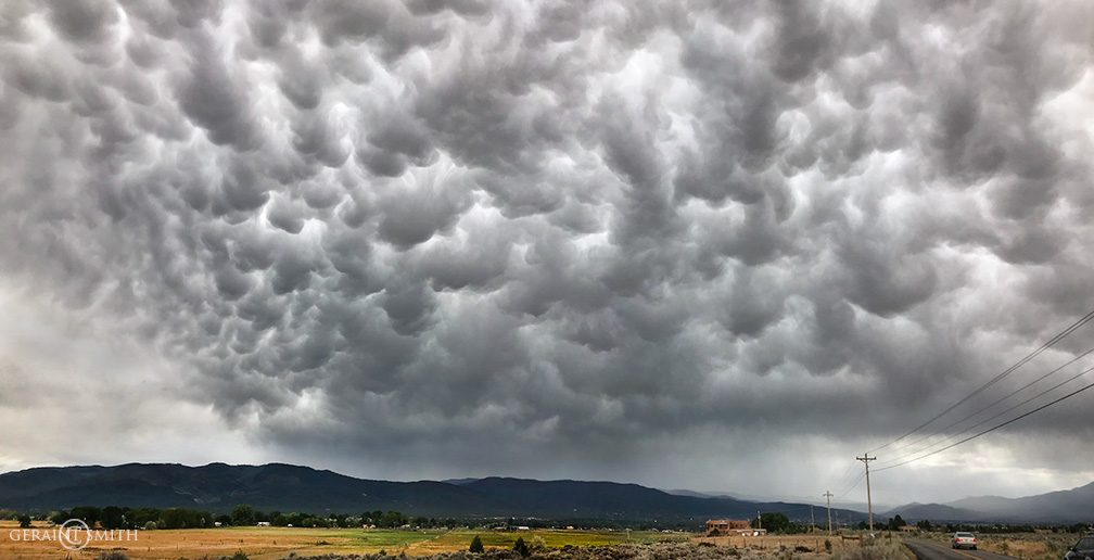 Mammatus Clouds Over The Taos Valley