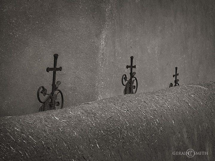 Three Iron Crosses, San Francisco De Asis
