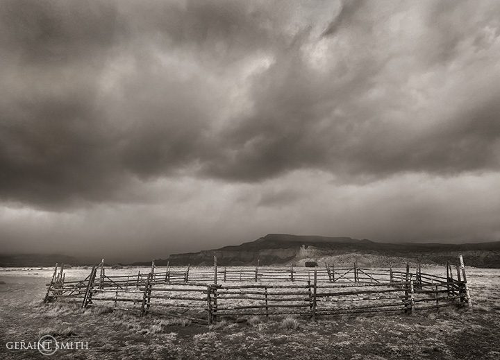 ghost_ranch_corral_1787_1789-3661313