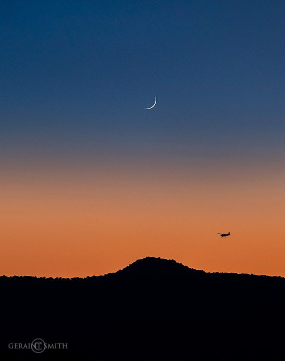 Waxing Moon setting over The Volcanic Plateau
