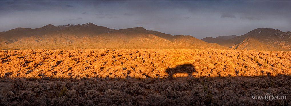 hondo_mesa_taos_mountain_shadows_a7r5364-1661754