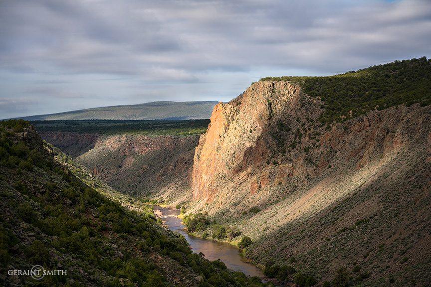 Cerro Chiflo Cliffs, Wild Rivers Recreation Area, NM.