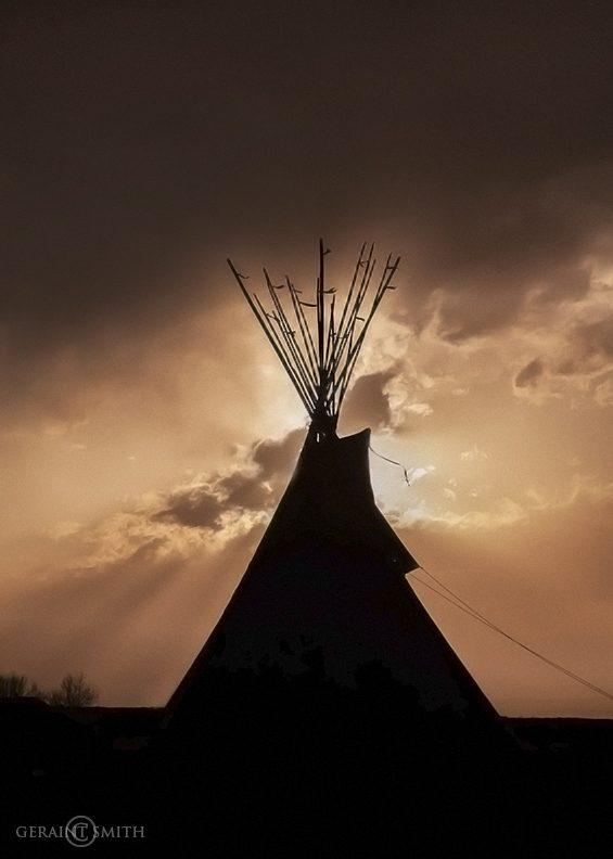 Tipi Sky, Ranchos De Taos, New Mexico