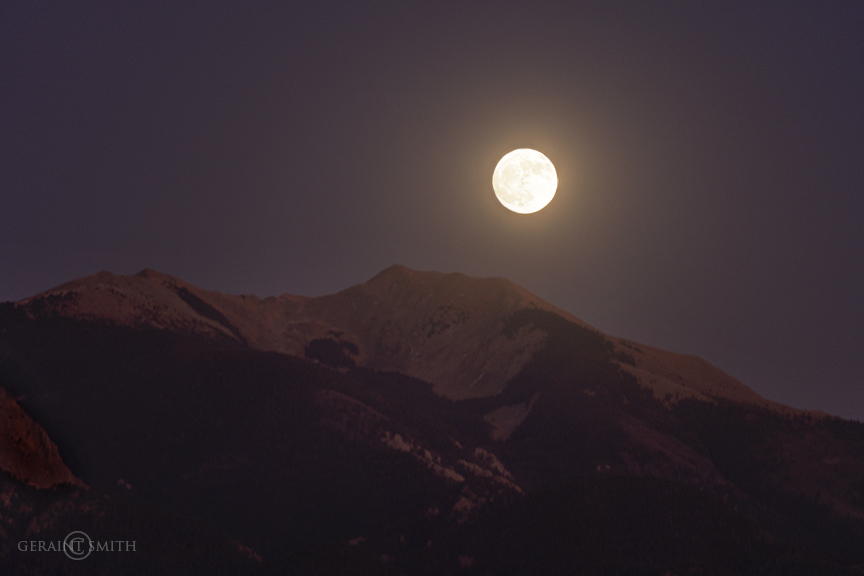 Vallecito (little valley), Mountain, Moonrise, Taos, NM