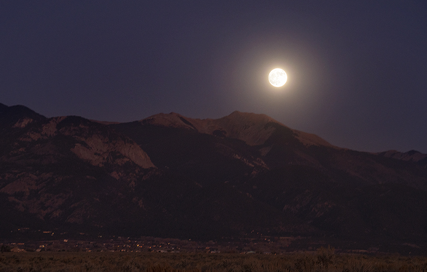 Vallecito (little valley), Mountain Peak, Moonrise,