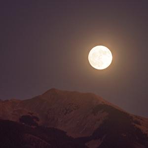 Vallecito (little valley), Mountain Peak, Moonrise, Taos, NM
