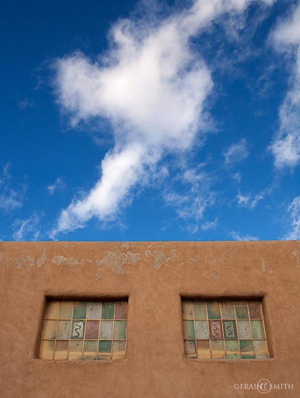Taos Plaza Windows Sky