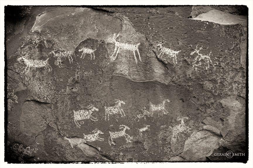 petroglyphs_8450-8848294