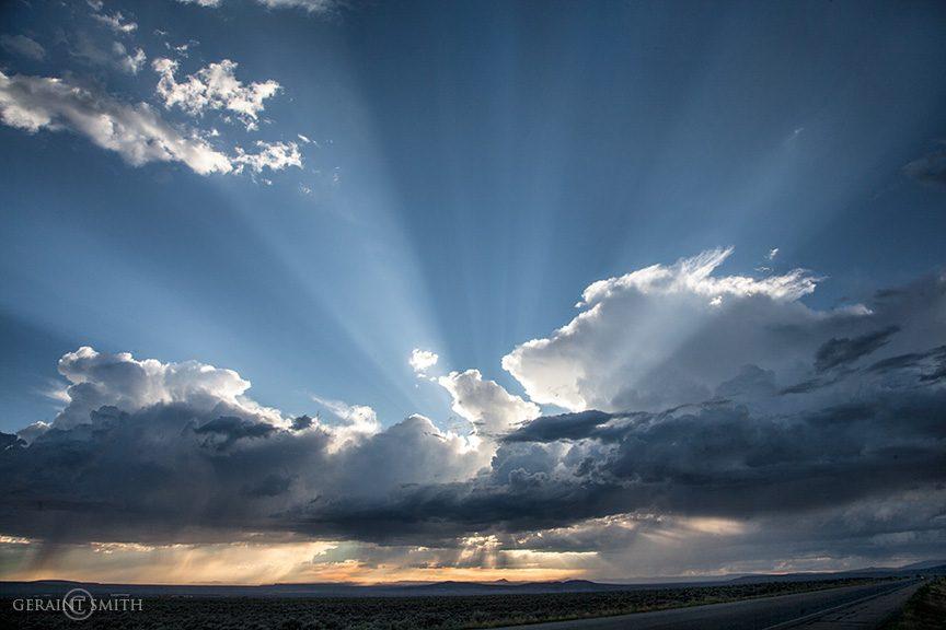 sunset_rays_8473-9832958