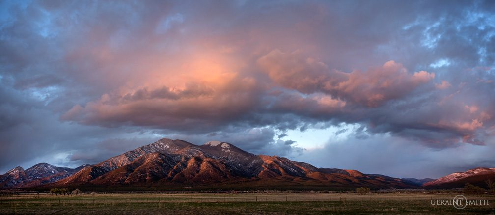 taos_mountain_meadow_sunset_cloud_0260_0262-7436609