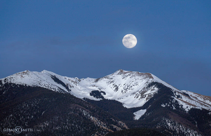 Mountain moon rise, Vallecito Peak