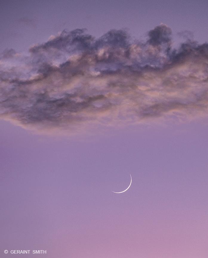 crescent_moon_6285-4785692