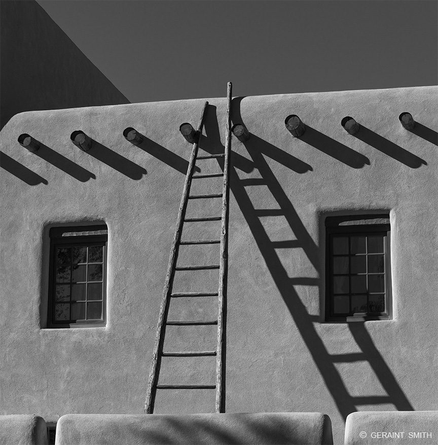 la_fonda_ladder_taos_plaza_6398_6399-8571952