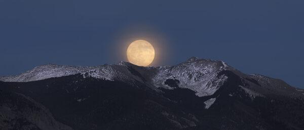 super moon rise vallecito 5430 5431