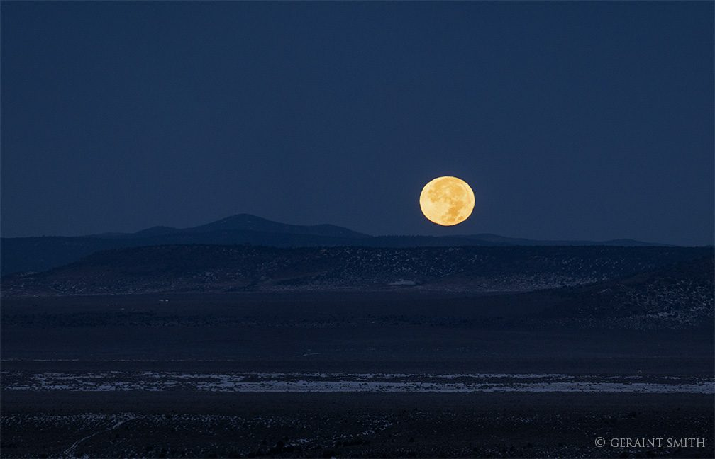 moonset_plateau_3238-4019340