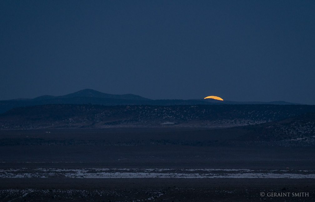 moonset_plateau_3274-5995701