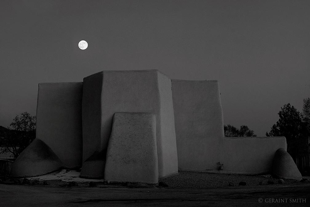 San Francisco de Asis, Moonrise, Ranchos de Taos, NM.