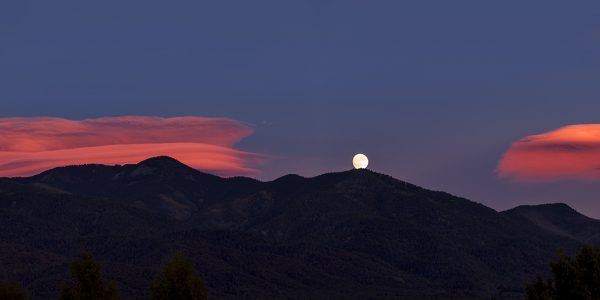 Hunter's moon, San Cristobal