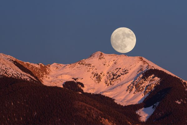 Vallecito Moon Rise