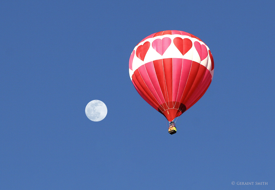 Valentine balloon moon