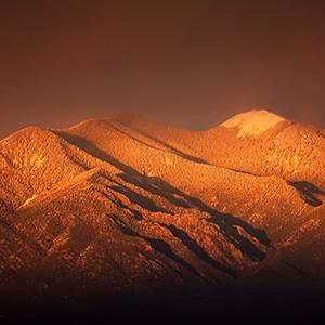 Taos Mountain Light