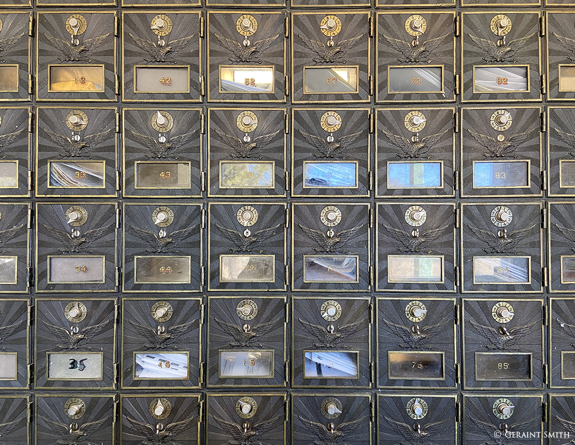 Combination mail boxes, Jaroso
