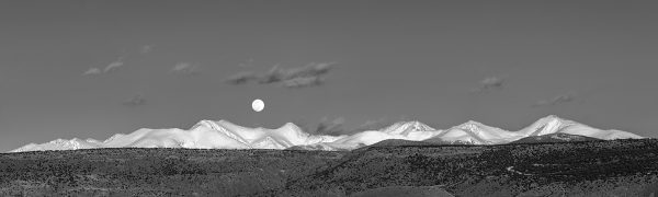 Full Moonrise, Sangre de Cristos, Panorama