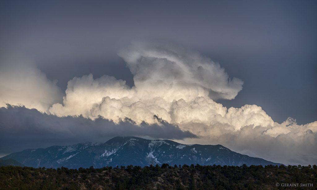 Taos Mountain cloud